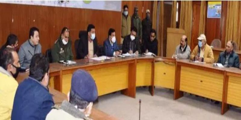Road Safety Month 2021: MVD Rajouri spreads awareness among public, stakeholders